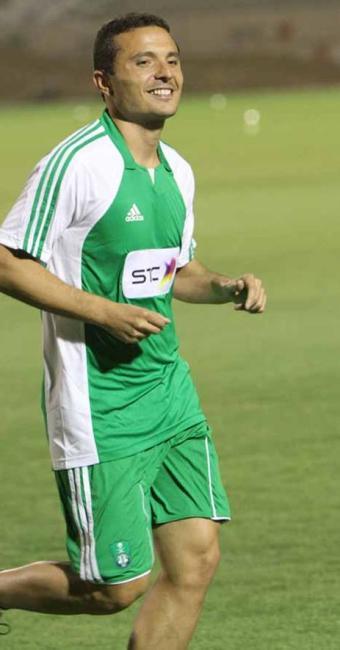 Camacho chega ao rubro-negro para disputar posição com o meia Renato Cajá - Foto: Al-Shabab   Reprodução