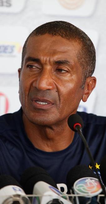 Cristóvão cogitou que Diones pode retornar ao time titular do Tricolor - Foto: Marco Aurélio Martins | Ag. A TARDE