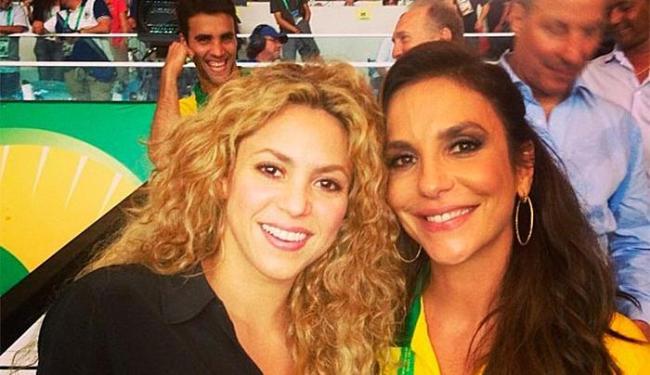 Ivete registra encontro com Shakira no Maracanã - Foto: Instagram   Divulgação