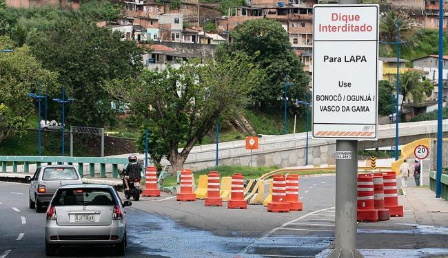 Vias de acesso ao Dique estavam bloqueadas desde o dia 24 de maio - Foto: Mila Cordeiro   Ag. A TARDE