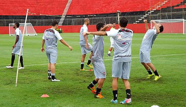 Jogadores se preparam para jogo contra o Goiás - Foto: Divulgação   EC Vitória