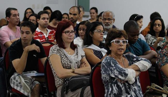 Docentes de 7 dos 220 colégios da capital baiana aderiram ao movimento - Foto: Lúcio Távora l Ag. A TARDE