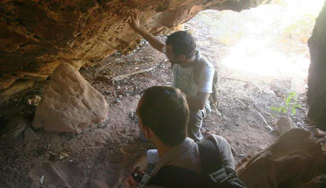Pesquisadores visitam cavernas nos arredores de Barreiras - Foto: MIriam Hermes | Ag. A TARDE