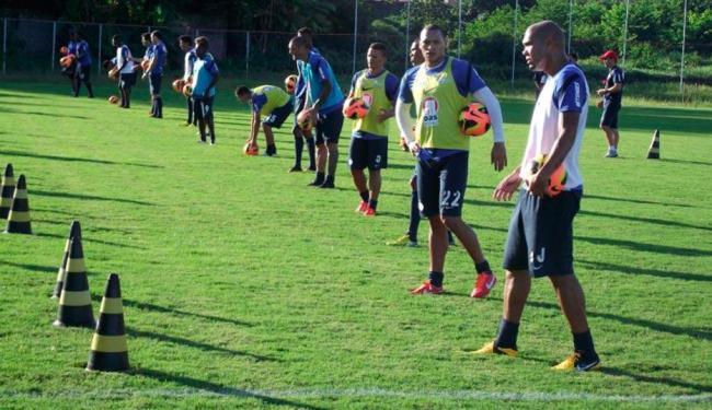 Cristóvão realizou treino físico e tático buscando definir time para jogo contra o Vitória - Foto: Esporte Clube Bahia | Divulgação