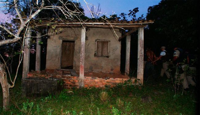 Casa onde o casal foi mantido refém pelos sequestradores - Foto: Divulgação | Polícia Militar