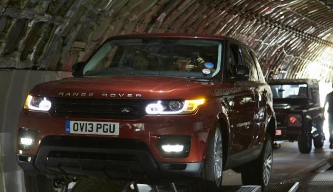 Avaliação da suspensão do Range Rover Sport - Foto: Divulgação