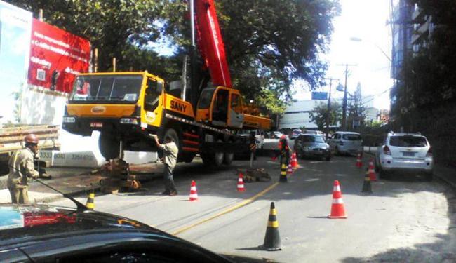 Horto Santa Luzia foi notificada por obstruir a via com um guincho - Foto: Divulgação   Sucom