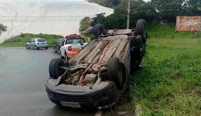 Acidente ocorreu nesta manhã, na Av, Dorival Caymmi - Foto: Edilson Lima   Ag. A TARDE