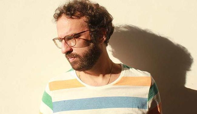 Marcelo Camelo em show mais intimista neste sábado - Foto: Larô Comunicação | Divulgação