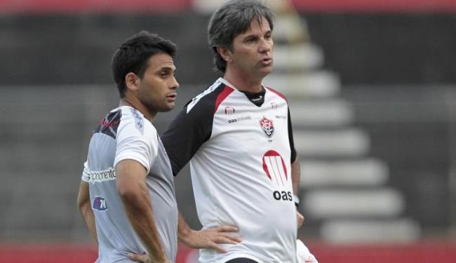 Caio Junior e Maxi lideram a difícil missão do Vitória contra os líderes Coritiba e Botafogo - Foto: Eduardo Martins | Ag. A Tarde