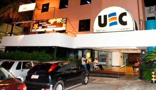 Teatro funciona no mesmo lugar onde existia uma escola de idiomas - Foto: Claudionor Jr.| Ag. A TARDE 11.05.2010