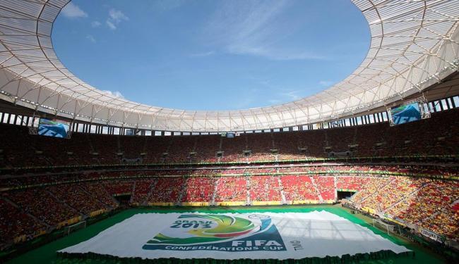 Resultado de imagem para Estádio padrão fifa