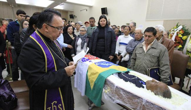 Corpo de ex-jogador foi velado na Câmara de Uberaba - Foto: L. Adolfo   Folhapress