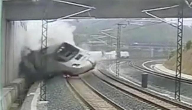 Reprodução de vídeo do momento do acidente de trem na Espanha - Foto: Reprodução