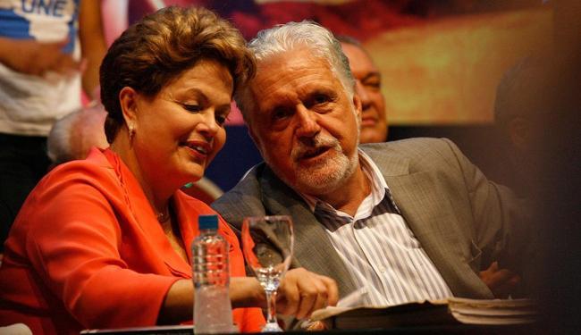 Governador esteve com a presidente Dilma na festa do PT - Foto: Margarida Neide | Ag. A TARDE