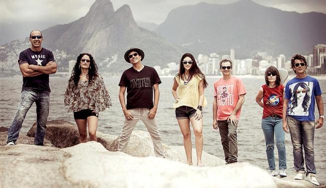 A banda também prepara novos projetos: DVD para agosto e CD de inéditas para o final do ano - Foto: Divulgação
