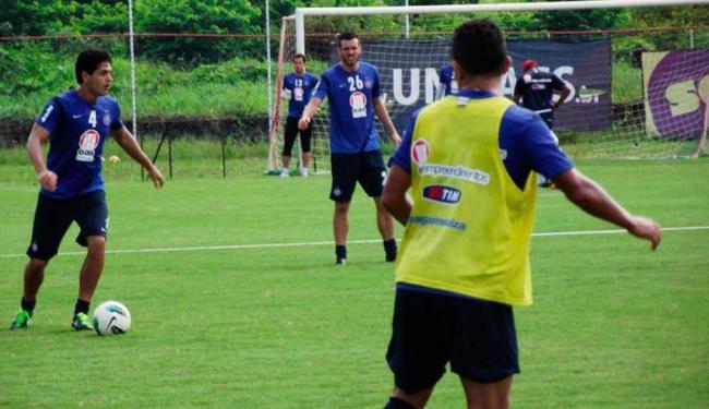 Cristóvão mantém mistério e não confirma dois ou três volantes - Foto: Esporte Clube Bahia | Divulgação