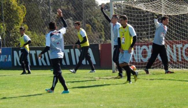 Leão realizou um rachão no CT do Atlético-PR - Foto: Esporte Clube Vitória | Divulgação