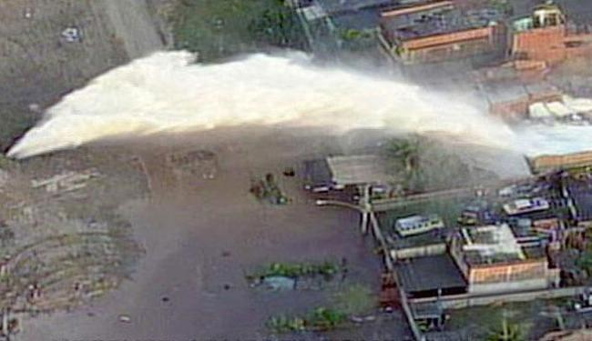 A força da água alagou casas - Foto: Reprodução | TV