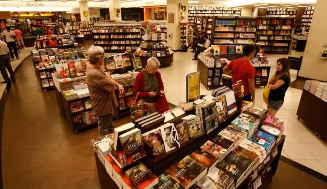 O preço médio do livro cresceu 12,48% em 2012 - Foto: Raul Spinassé | Ag. A TARDE