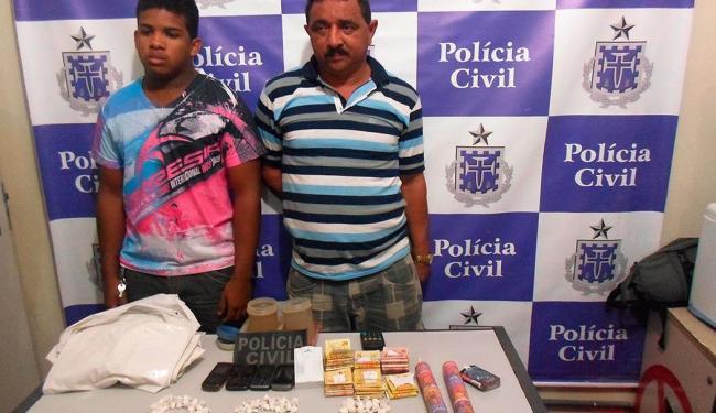 Valdemar José Roberto (à direita) utilizava sua loja para vender drogas, segundo a polícia - Foto: Ascom | Polícia Civil