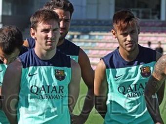 Atacante brasileiro fez sua primeira atividade com os companheiros do Barcelona - Foto: Miguel Ruiz / FCB Barcelona