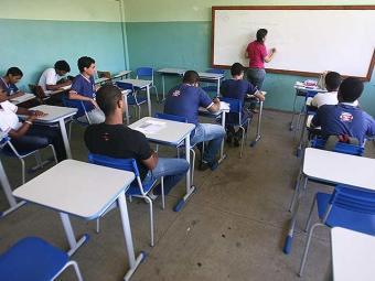 Professores vão trabalhar em escolas de Salvador e interior - Foto: Raul Spinassé | Ag. A TARDE