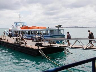 Embarcações para Mar Grande cumprem horários com intervalo entre uma saída e outra de 30 minutos - Foto: Joá Souza | Ag. A TARDE