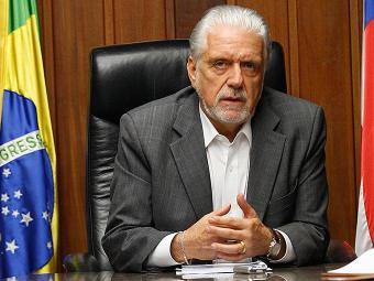 Governador só vai poupar as áreas de saúde e educação - Foto: Lúcio Távora   Ag. A TARDE