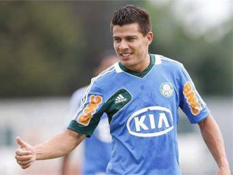 Ayrton estava encostado no Palmeiras desde que recusou sua ida à Portuguesa - Foto: Facebook | Reprodução