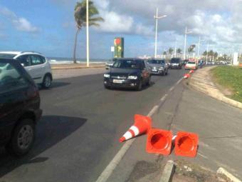 Transalvador libera via sentido Itapuã para melhorar tráfego - Foto: Edilson Lima   Ag. A TARDE