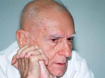Suassuna vai ficar 40 dias em repouso e não poderá receber visitas - Foto: Carlos Casaes | Ag. A TARDE 08.08.2002