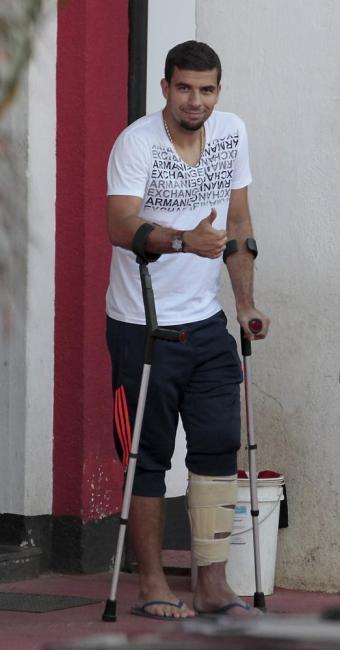Médicos do Leão ainda não preveem tempo de recuperação do atacante - Foto: Eduardo Martins | Ag. A TARDE