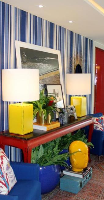 Azul, vermelho e amarelo, tudo integrado no ambiente - Foto: Divulgação | Ag. A TARDE