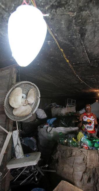 Ligações Clandestinas foram identificadas no local - Foto: LUCIO TAVORA / AG. A TARDE