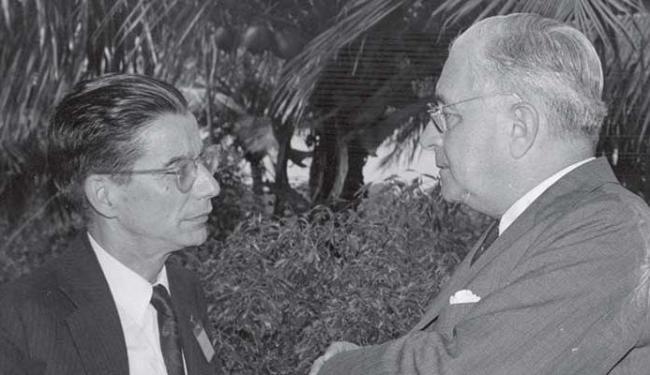 Dois dos maiores educadores da Bahia, Anísio Teixeira e Edgard Santos - Foto: Arquivo