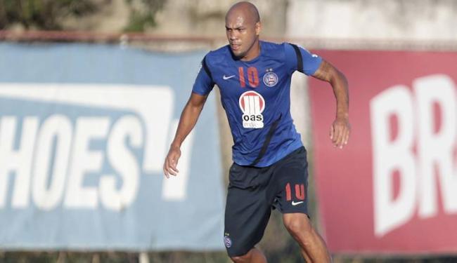 Com a ausência de Fernandão, Souza será o titular no ataque do Bahia no jogo desta quarta - Foto: Eduardo Martins | Ag. A Tarde