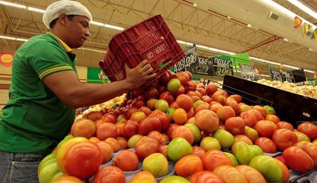 Em cinco capitais a retração do preço do tomate superou 40% - Foto: Eduardo Martins | Ag. A TARDE