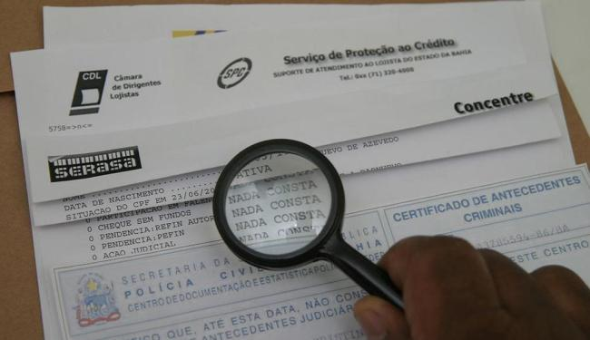 A medida já está em vigor e afeta praticamente todos os cidadãos com mais de 18 anos - Foto: Eduardo Martins   Ag. A TARDE