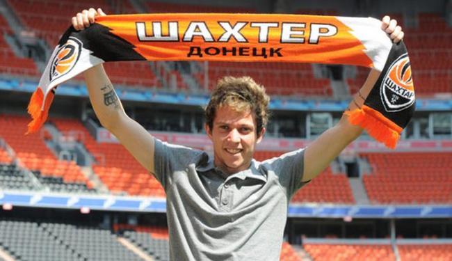 Bernard será o 11º jogador brasileiro do elenco do time ucraniano - Foto: Site Oficial do Shakhtar Donetsk | Divulgação