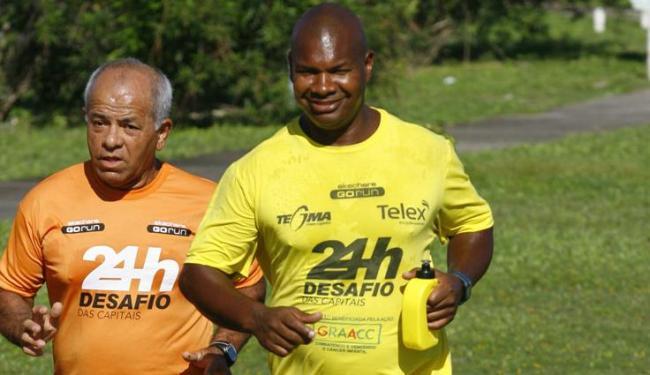 Carlos Dias (à dir) está em Salvador, 24ª cidade do seu