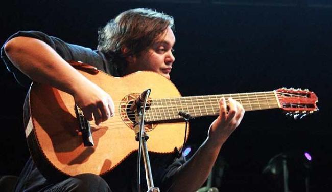 Gaúcho é considerado um virtuose no violão de 7 cordas - Foto: Claudio Gadotti | Ag. A TARDE
