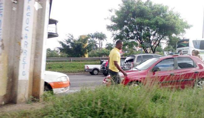 Um dos acidentes aconteceu na Ligação Iguatemi-Paralela - Foto: Thaís Seixas   Ag. A TARDE