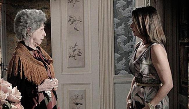 Candinha não quer saber e diz que a família vem em primeiro lugar - Foto: TV Globo | Divulgação