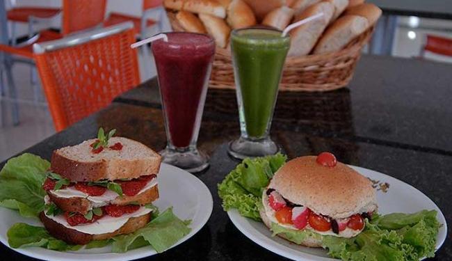 Sanduíches naturais são recomendados para alimentação leve e nutritiva no trabalho - Foto: João Alvarez   Ag. A TARDE