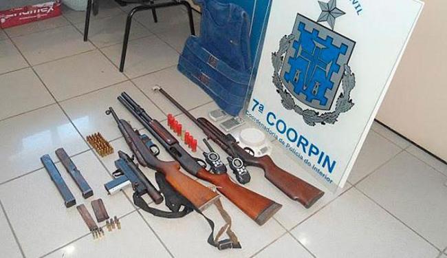 Armas encontradas na casa de Mônica Almeida Nascimento - Foto: Ascom | PC