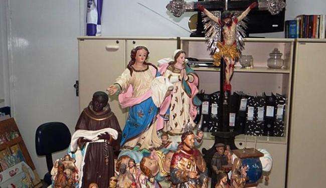 Imagens sacras foram recuperadas na madrugada desta sexta-feira em Feira de Santana - Foto: Aldo Matos | Acorda Cidade