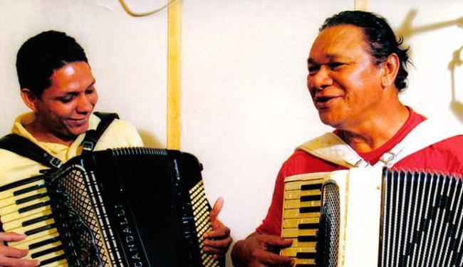 Targino e Dominguinho fizeram um show juntos em 2010 em Juazeiro (BA) - Foto: Divulgação