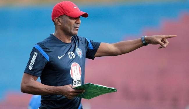 Cristóvão não deu indícios do time que pretende armar contra a Lusa - Foto: Eduardo Martins   Ag. A TARDE