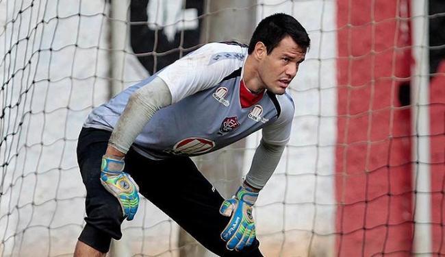 Goleiro volta a treinar, depois de ficar afastado por dores na coxa - Foto: Eduardo Martins | Ag. A TARDE